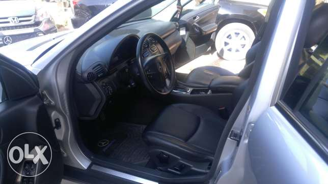 C230 kompressor full option sunroof 4 cylinder عكار -  1
