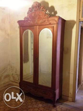 Old wardrobe with St Gobain mirrors