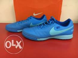 nike tiempo football shoes