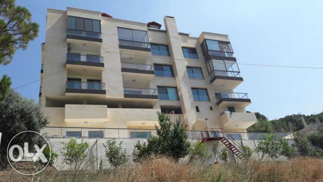 250000$ apartment 180 sqm in kornet El hamra 3 bedrooms