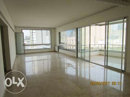 270sqm Unfurnished Apartment for Rent Tabaris Ashrafieh