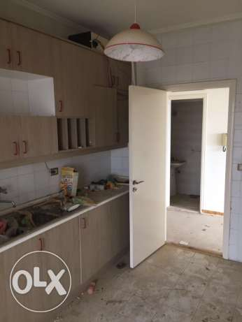 3 bed rooms apartment fo sale in ballouneh شقة اليع بلونه بلونة -  6