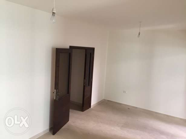 Bourge Abu Haydar flat for Rent 100M
