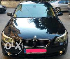 BMW 5 series black color leather seats