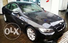 Bmw 325 coupe model 2010