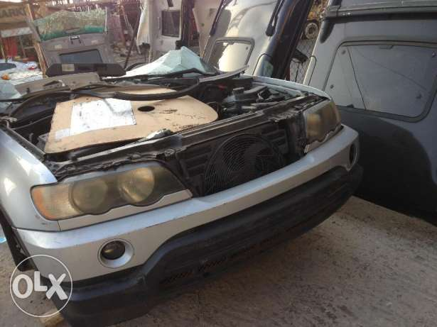 BMW X5, FOR PARTS imported cut 1/2 المتن -  2