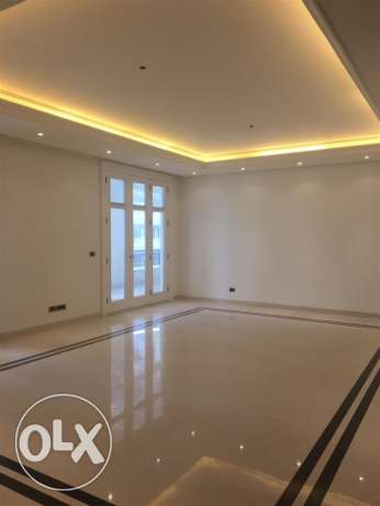 Downtown: 400m apartment for rent.