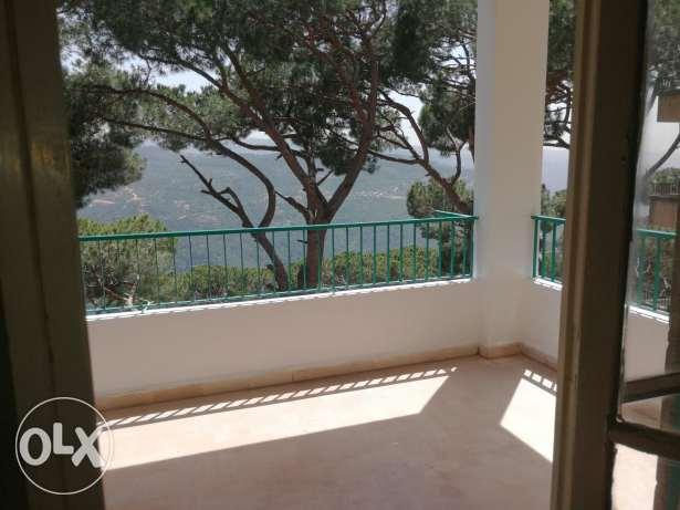 2 bedroom apartment in broumana