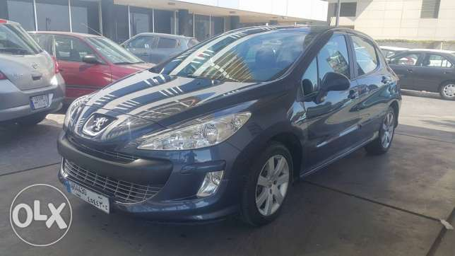 Peugeot 308//2008 full option one owner: -89000KM one owner New tiers