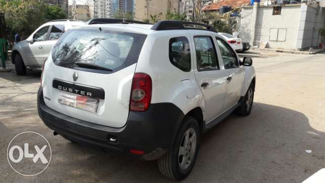 Renault duster automatic 2012 for sale at 9000$