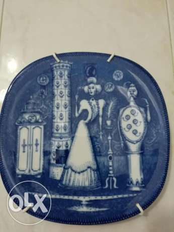 Painted plate ancient