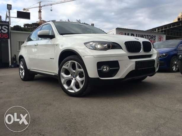 BMW X6 White 2011 Top of the Line in Excellent Condition! بوشرية -  1