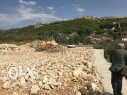 Land for rent in Kfar3abida located directly on main highway