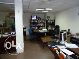 Office for rent in Achrafieh, Gemmayze, 250 sqm, ground floor.