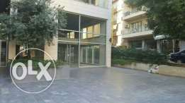 Commercial space for rent in achrafieh