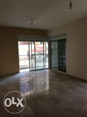 Ras Nabeh: 150m apartment for sale راس النبع -  1