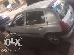 renault clio for sale lal jadin whatsapp avaible