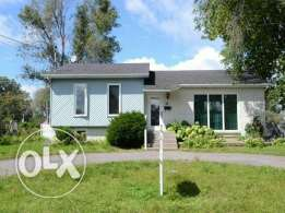 House detached Montreal sale or rent