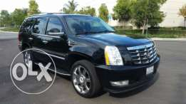 2009 Cadillac Escalade - Clean Carfax - California - Like NEW