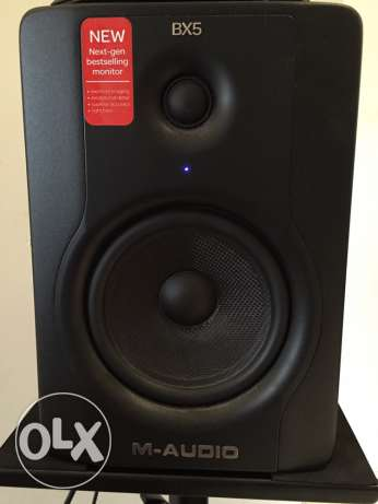 M Audio BX5 studio monitor