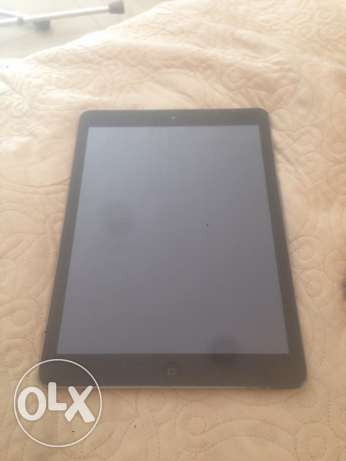 ipad air including charger + 2 covers + bluetooth keyboard