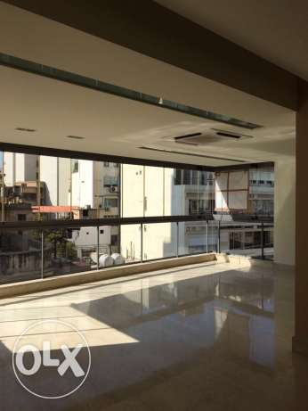 Kentary: 245m apartment for rent.