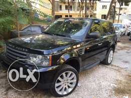 range rover sport model 2008 color black and leather seat black