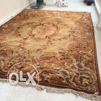 carpet in excellent condition - rug