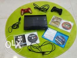PS3 with 2 controlers and 3 cd's and HDMI