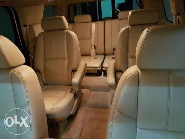 Special Chevy tahoe LTZ with original luxury package from company أشرفية -  3