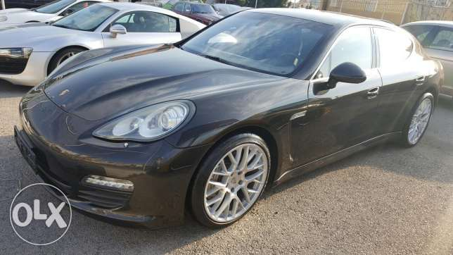 Porsche panamera s 8 cylindre full option guarantie 1 year cherker