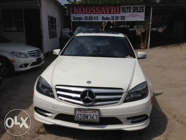 Mercedes Benz C300 look AMG 2011 white/Black