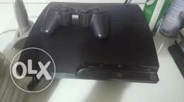 PS3 500Gb + One Joystick + games