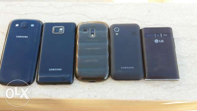 4 samsung w 1 lg for sale or trade 3a chi phone عاليه -  1