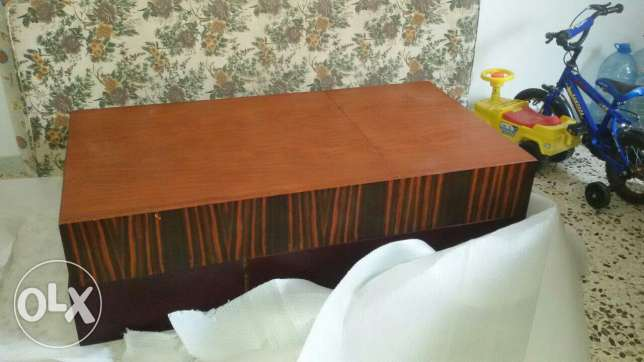 An amazing luxury table for sale