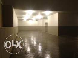 For rent Neat 600sqm Warehouse Baouchrieh 28 000$