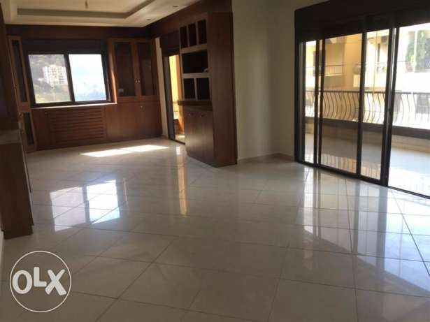 apartment for sale in Sahel Alma 200sqm decorated