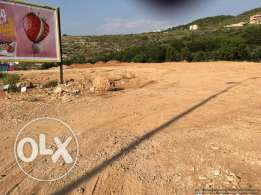 Facing the highway 7,000sqm land for rent in Berbara Ref#Be-land