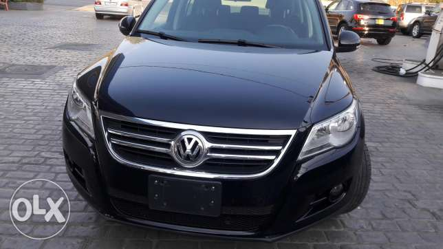 2009 volkswagen tiguan black very clean