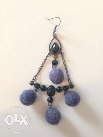 Dark green pompon earings