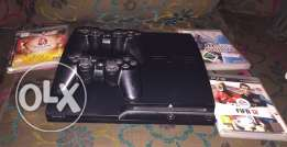 ps4 for sale 2 controllers+3CDs