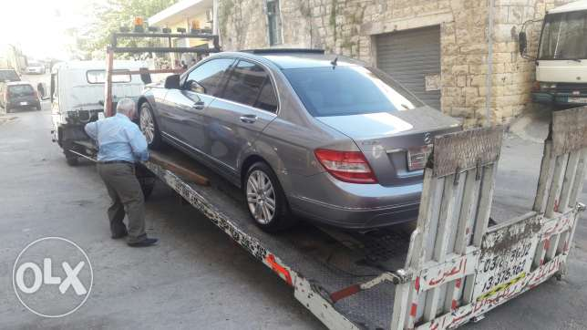 Mercedes c 300 clean car fax fully loaded arived to libanon 27/04/2017