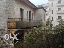 Old House 400m2 in Bolonia