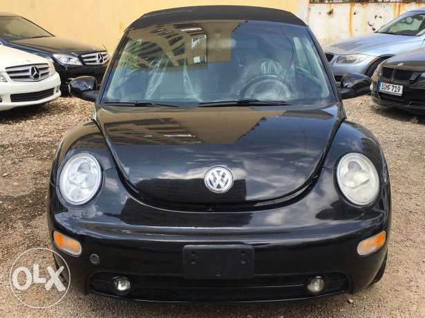 Beetle model 2004 convertible super clean car