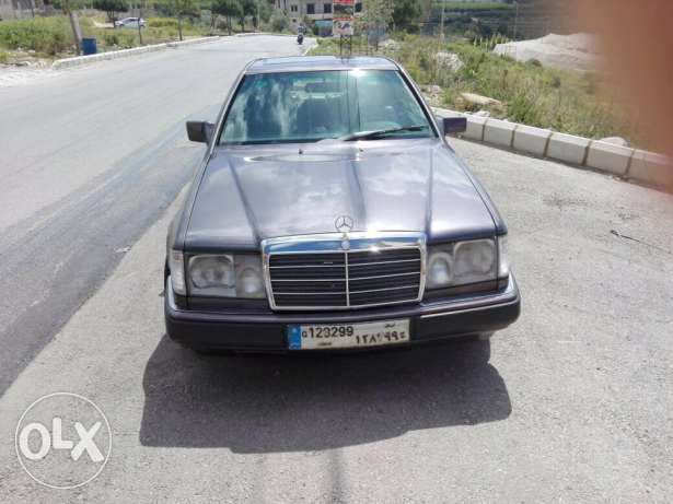 mercedes-benz 300 coupe model 1992