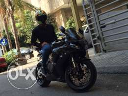 Honda cbr1000rr for Sale due to traveling
