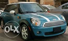 Mini Cooper 2008 Blue-Black Super clean