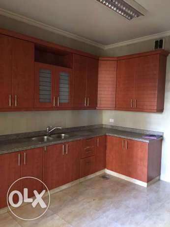 Ein Mrayseh: 220m apartment for rent ميناء الحصن -  2