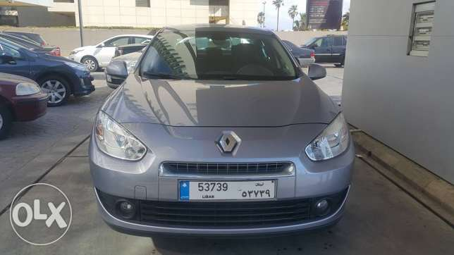 Renault 2012 Fluance 15000KM only still as show Room condition