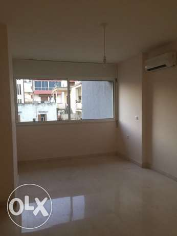 Adliyeh: 185m apartment for rent